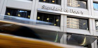 US considering lawsuit against ratings agency Standard & Poor's